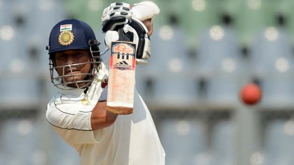 Sachin , Kohli hits half centuries as India reaches 182/3 at end of Day 2