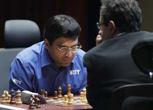 Viswanathan Anand to meet Fabiano Caruana in round four