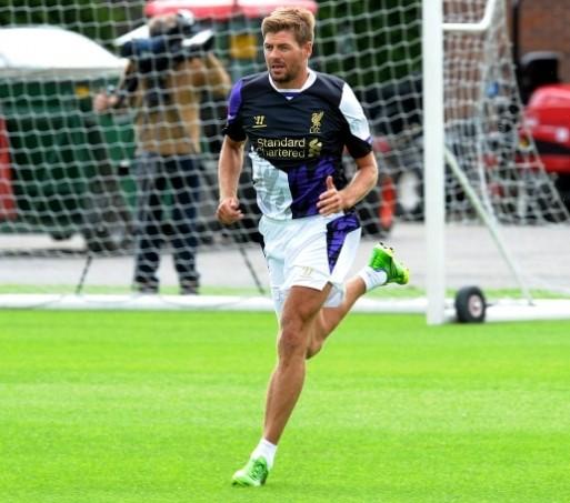 Steven Gerrard in Liverpool 3rd away kit....