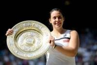 Marion Bartoli thrashes Sabine Lisicki to win Wimbledon title