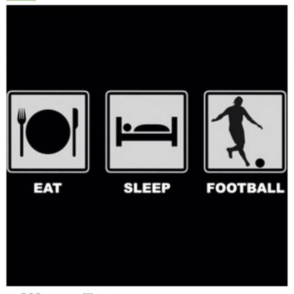 This is how true ardent football fans are world over....LOL