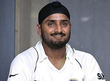 I will try to make a return: Harbhajan Singh