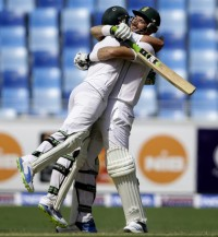 Smith and de Villiers' Captain & Keeper pair make records