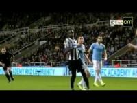 Edin Dzeko Goal - Newcastle 0:2 Manchester City - 30.10.2013.
