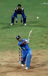 MSD or ABDV - Who is the better finisher?