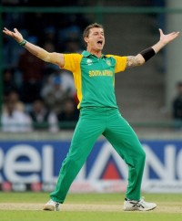Dale Steyn : Firing bazookas while doing the ballet.