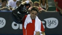 Australian Open Day 4: Fifth seed Juan Martin del Potro dumped out as heat creates mayhem