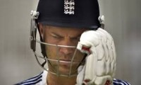 Can Jonathan Trott make a comeback to the English team?