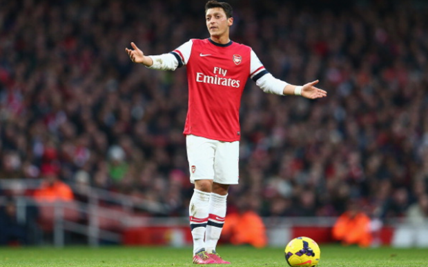 Should Arsene Wenger consider dropping Mesut Ozil?